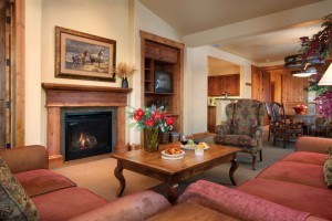 Grand View Condos :: Book a luxury condo located at the base of Snow King Ski Resort. 3 bedroom, 3 1/2 baths, Grand Teton views, Cache Creek, Snow King resort. Call now or click here to book!