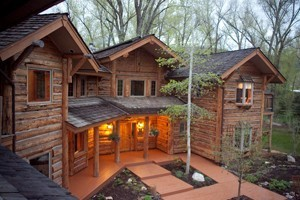 Bentwood Inn B & B: Award Winning :: Enjoy the rustic beauty of this architectural wonder with 5 elegant guestrooms, each with fireplace & private deck, sumptuous gourmet breakfast & warm, personal service.