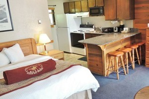 Pony Express - Affordable & Pet Friendly :: Great Rooms-Great Rates. 1 and 2 room units, some with full kitchens.  Weekly & Monthly rates October-April.  Summer from $89/night. Winter from $49/night.