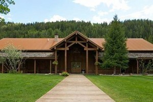 Moose Creek Ranch: Full-Service Wedding Location :: Just 20 minutes from Jackson Hole! Nestled beside Moose Creek and at the base of Teton Pass, in Idaho, this is a true mountain getaway, perfect for an unforgettable wedding!