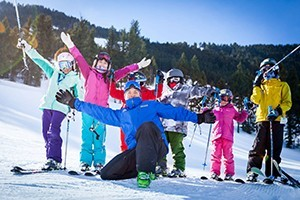 Snow King Mountain Ski School :: Group and private skiing and snowboarding instruction for adults & kids, as well as a variety of specialty camps, clinics, and locals programs. Click here to learn more!