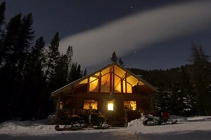 Box Y Lodge and Guest Ranch : Remote snowmobile lodge & Guest Ranch in southwestern Wyoming. Access to some of the best snowmobiling the West! Rustic cabin accommodations & home cooked meals!