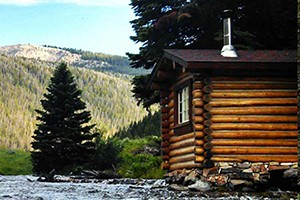 Flat Creek Ranch Overnight Pack Trips :: Take in sights such as Cache Peak, Turquoise Lake, views of the Teton and Wind River Mountain Ranges, and the headwaters of Flat Creek! Book an overnight pack trip today!