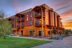 Teton Springs Lodge & Spa :: Luxury full-service resort in Teton Valley. Close to Grand Targhee, with accessibility to Jackson Hole. Onsite cross country skiing, fishing, restaurant, spa, and more!