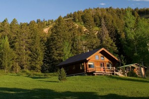Trail Creek Ranch - Log Cabins and Private Rooms :: Enjoy 270 acres of mountain paradise - THE prettiest ranch around. Heated pool, kitchens, hiking and wildflowers. Away from crowds, 7 mins to Jackson, 20 mins to Teton Park.