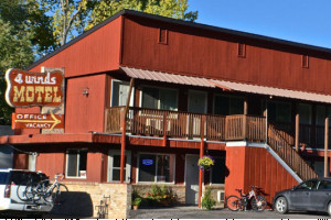 Four Winds Motel :: Affordable lodging in the heart of Jackson Hole. 1.5 Blocks from the Jackson Town Square. Close to shopping, restaurants & entertainment. AAA rated.
