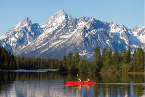 Kayak, Canoe & Motorboat Rentals :: Explore the quiet beauty of Jackson Lake in a kayak or canoe - or try your skills at fishing with one of our 15 ft. aluminum craft motorboats.