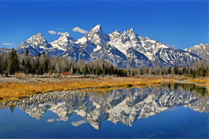 American West Tours - Grand Teton and Yellowstone :: Customized sightseeing & wildlife tours experiencing arguably the most picturesque landscape in North America. Offering combo tours that include fly fishing & scenic float!