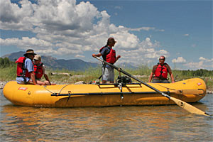 Teton Scenic Floats & Fly Fishing :: Float the famous Snake River, or enjoy a guided fishing trip. Daybreak, Lunch and Sunset trip options. Complimentary transportation, riverside lunch, snacks and drinks.