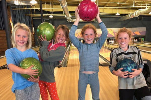 Hole Bowl - Food and Fun for the Whole Family