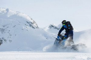 Scenic Snow Safaris Snowmobile Tours
