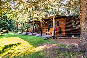 Trail Creek Ranch - summer guest cabins & homes