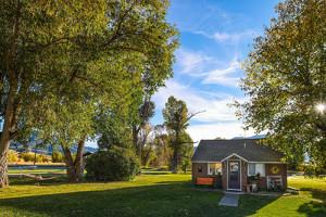 Hansen Guest Ranch - Scenic Idaho Cabins