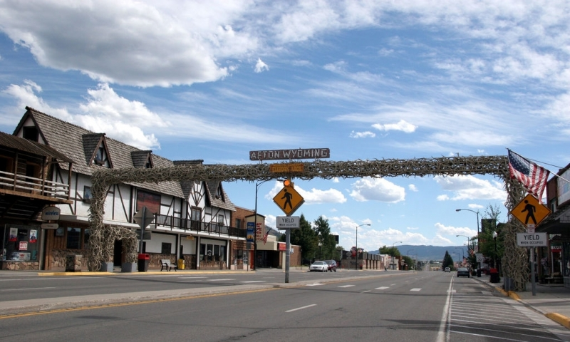 Afton Wyoming Wy Hotels Lodging Real Estate Amp Info
