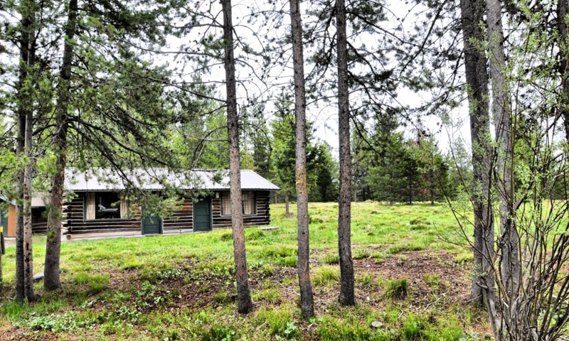 Colter Bay Cabins