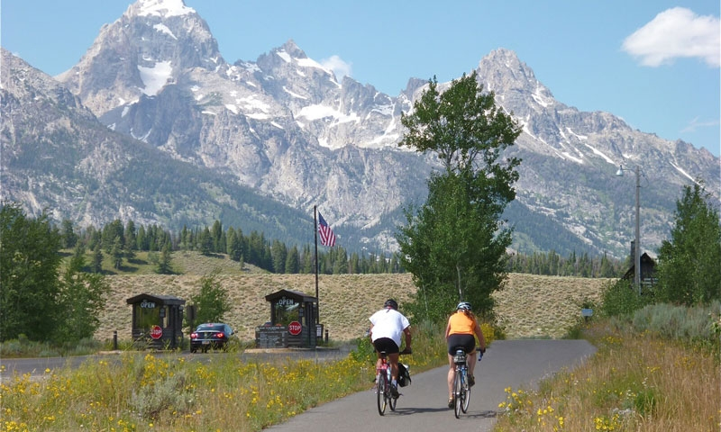 Riding the Paved Pathways of Jackson Wyoming