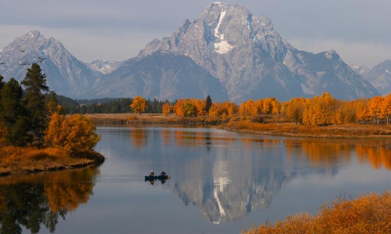 Canoe Canoeing Snake River Oxbow Bend Grand Teton National Park Wyoming